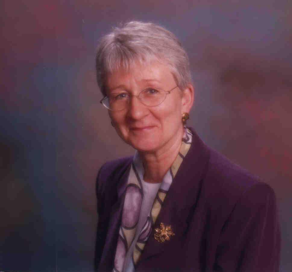 Julie Hay Net Worth
